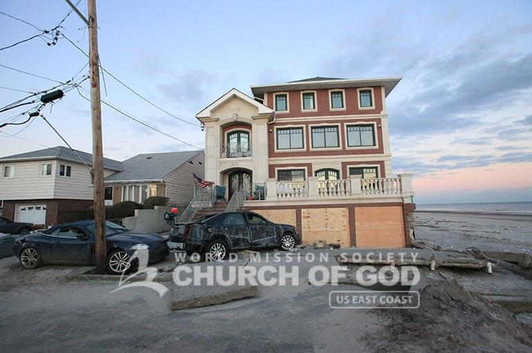 World Mission Society Church of God Hurricane Sandy Relief Efforts 03