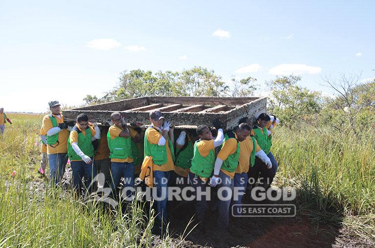 good Samaritan, Jamaica bay, hurricane sandy, rockaway, world mission society church of god, american littoral society, volunteer, sandy debris