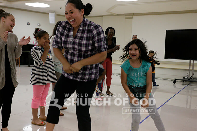 mommy, daughter, mom and child, dancing, dance class, fun games, World Mission Society Church of God, wmscog, love, family, New Windsor, NY, New York