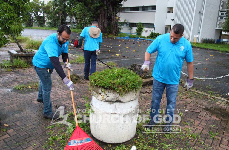 ASEZ, WMSCOG, World Mission Society Church of God, PR, Puerto Rico, University of Puerto Rico, Rio Piedras Campus, cleanup, reduce crime, UPR
