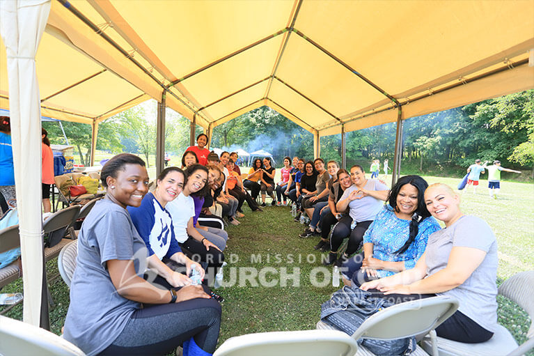 Group photo of World Mission Society Church of God members during Fourth of July 2018 Family Day