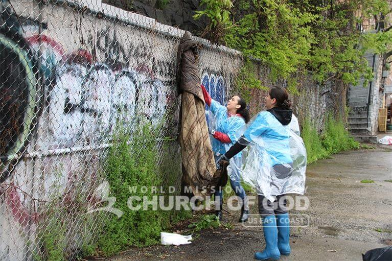 ASEZ volunteers removed debris along Webster Avenue in the Bronx
