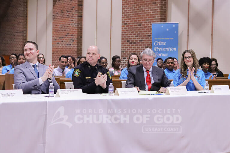 Newport News Police Chief Steve Drew and Norfolk State University professor Daniel Warman during the Crime Reduction Forum.