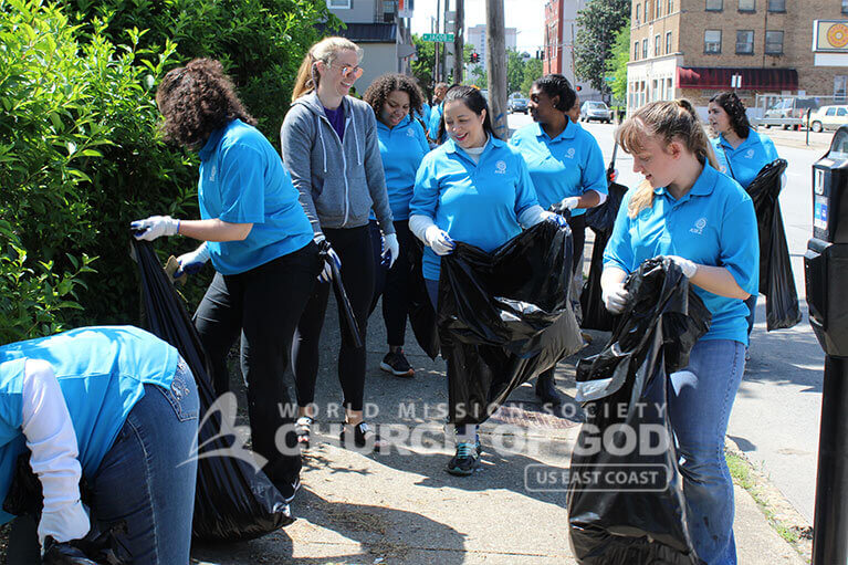 ASEZ volunteers gave Jefferson Community and Technical College a cleaning around campus