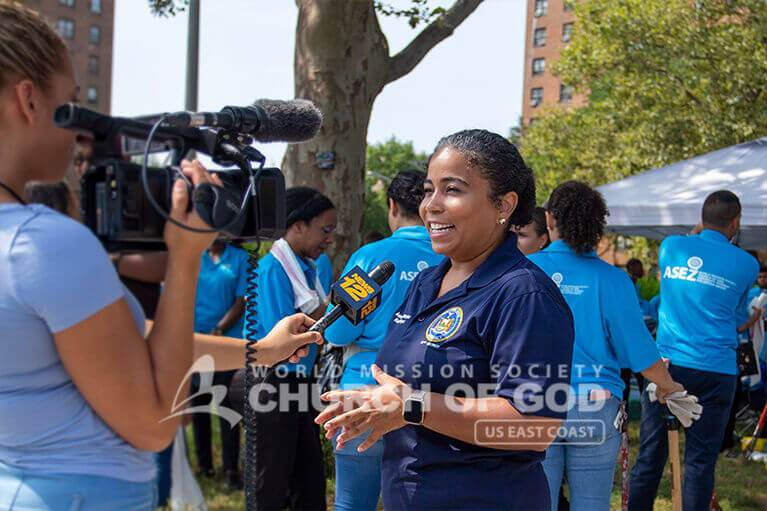New York State Assemblywoman Karines Reyes speaking to the news about the Randall Avenue cleanup in the Bronx