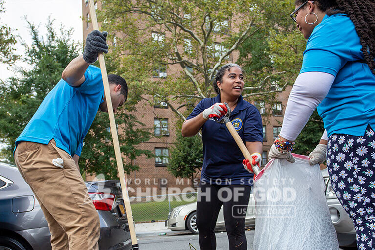 New York State Assemblywoman Karines Reyes at the Castle Hill cleanup with ASEZ