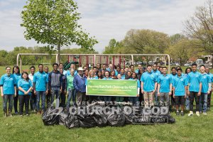 ASEZ volunteers group photo during their Herring Run Park cleanup in Baltimore, MD.